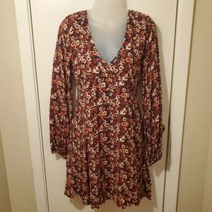 Hollister Long Balloon Sleeve Micro Floral Dress